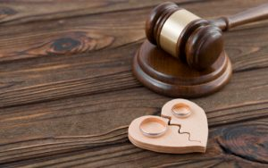 How can an attorney help me with divorce issues involving finances and daily expenses? Consult a Passaic County New Jersey Divorce Attorney Today