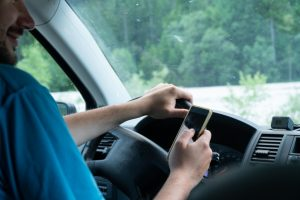 Distracted Driving Accident Lawyers Passaic County and Northern NJ